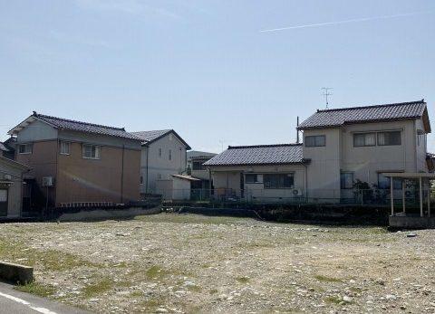 滑川市中塚 北加積小学校近く